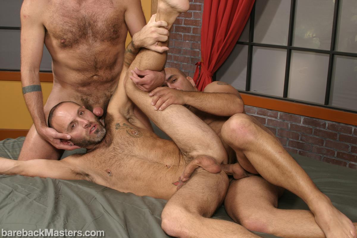 Bareback Masters Bud Allen and Sky Fairmount and Patrick Ives Hairy Bears Bareback Sex Amateur Gay Porn 12 Craigslist Hookup Leads To A Bareback Threeway With 3 Bears