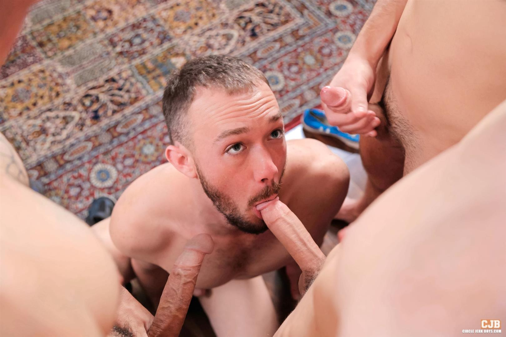 Circle Jerk Boys Kirk Cummings and Trent Jackson and Jake Jammer and Blake Stone Cock Sucking Young Guys Amateur Gay Porn 13 4 Hard Cocks, 4 Young Men, 4 Cock Suckers, 4 Loads Of Cum