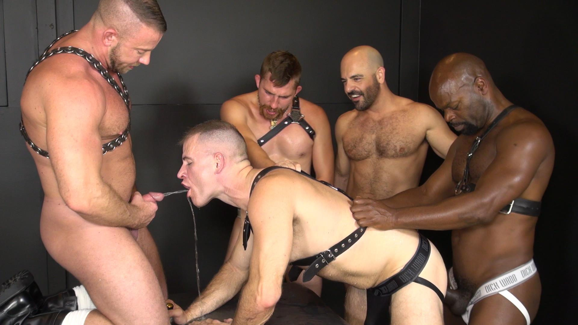 Bareback Interracial Dp Party