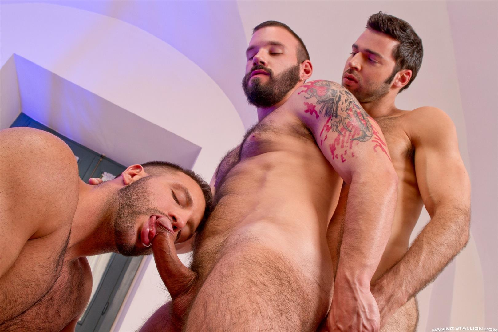 Raging Stallion Donato Reyes and Dario Beck and Alessio Veneziano Hairy Muscle Bears With Big Uncut Cocks Fucking Amateur Gay Porn 02 Hairy Muscle Bear Hustlers With Big Uncut Cocks Fucking A John